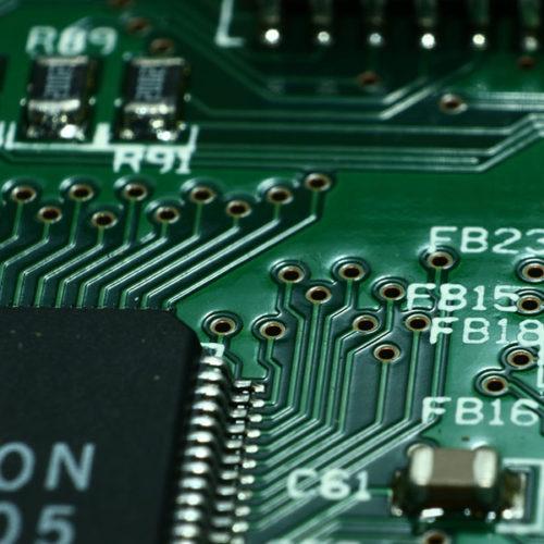 maintenance-electronique1